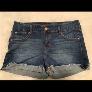 Celebrity Pink Cuffed Jean Shorts